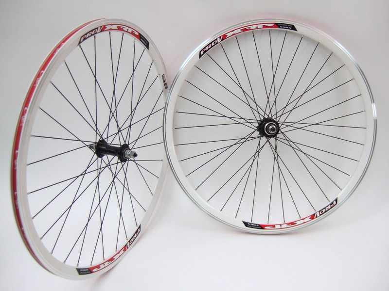 Wheels 700c Vuelta Pro V Track Wheel Set in White Image