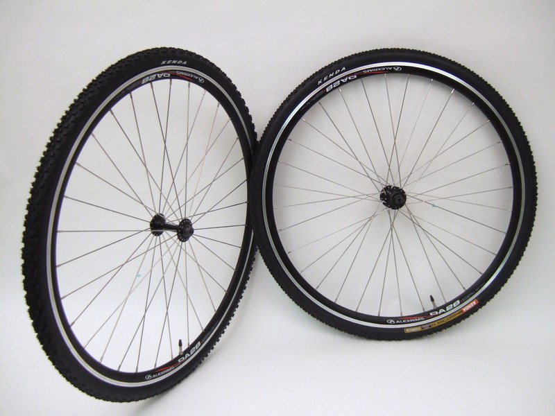 Wheels 700c Alex Da28 Cyclocross Wheels with Tires for Rim Brakes Image