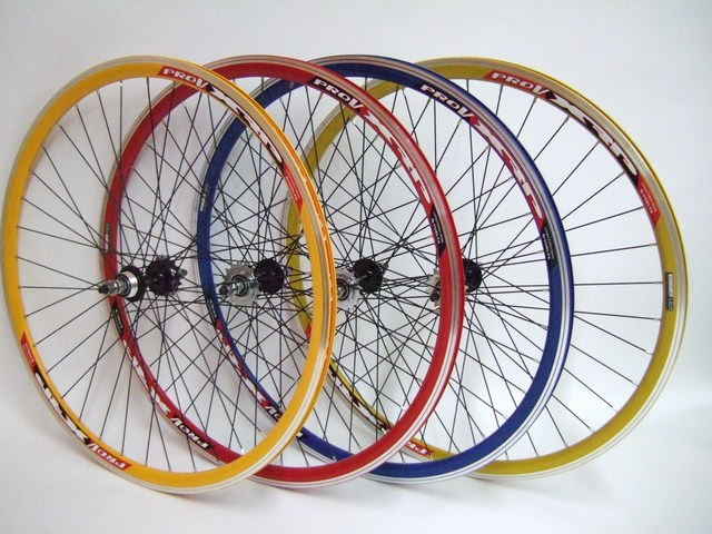 Wheels Track Wheelset In Colors Image
