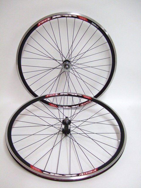Parts Track Wheelset In Black Image