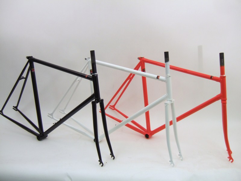 Parts Kilo Team - Unbranded Lugged Reynolds Frame and Fork Image