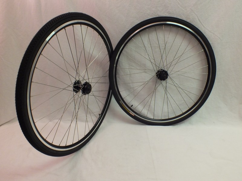 Wheels Disc Rim Brake 36 Spoke Heavy Duty Road Touring Wheels Tires and Tubes Image